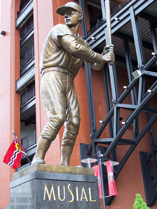 Musial_statue