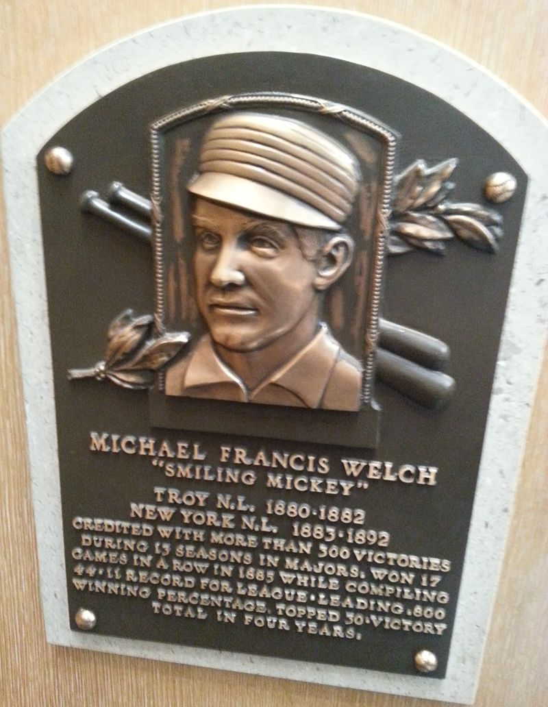 800px-Mickey_Welch_plaque_HOF