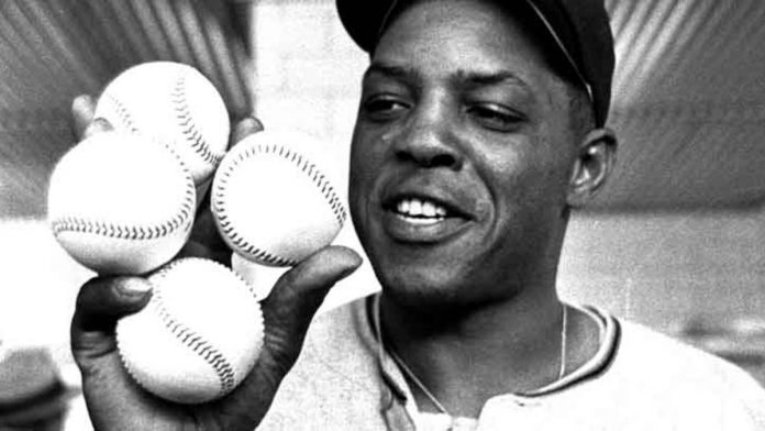 willie_mays_p8-696x392