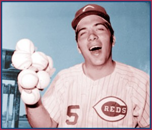 johnny_bench_7_baseballs